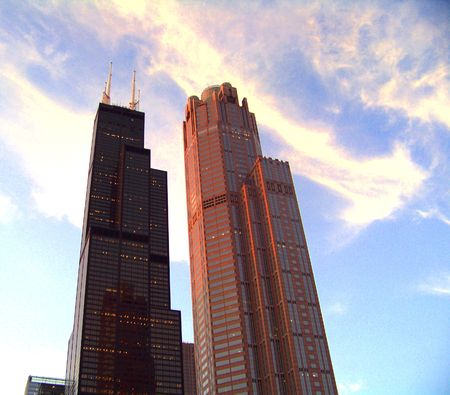 the sears tower: The Chicago Sears Tower during the evening.