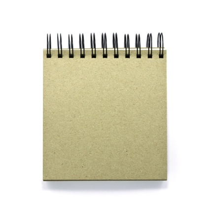 Page de couverture avant du bloc-notes reliure spirale isolé sur fond blanc.