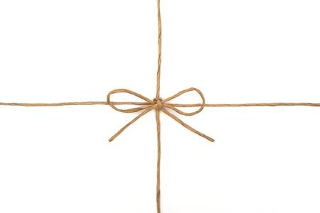 papel reciclado: Cuerda atada en un arco en blanco