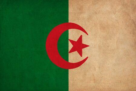 alger: Disegno bandiera algerina, grunge e Bandiere retro
