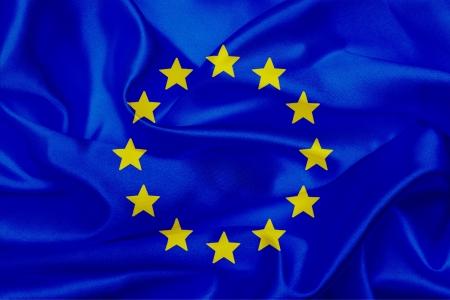 Pays de l'Union Européenne en agitant drapeau