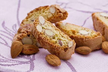 crumbly: original Italian crisp almond cookies - sweet food