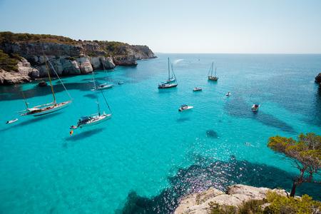 Cala Macarella Menorca Spanien Standard-Bild - 41032901