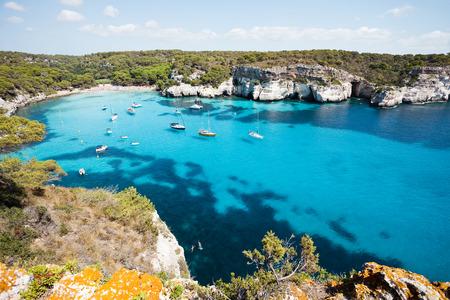 Cala Macarella Menorca Spanien Standard-Bild - 41032949