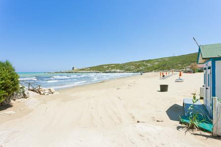 Lido Cala Lunga, Apulia, Italy - Arriving at the calming beach of Cala Lunga Standard-Bild - 101147598