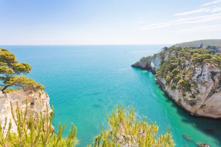 Grotta della Campana Piccola, Apulia, Italy - Hidden hiking trail to the famous landmark