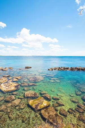 Gallipoli, Apulia, Italy - Wonderful water colors at the calming beach Standard-Bild - 101521137