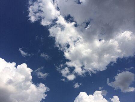 sky clouds: Blue Sky nubes Foto de archivo