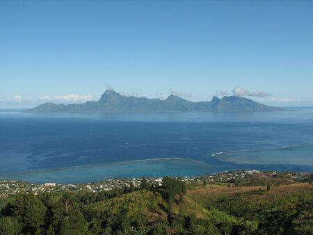 moorea: Day view of Moorea island from Tahiti