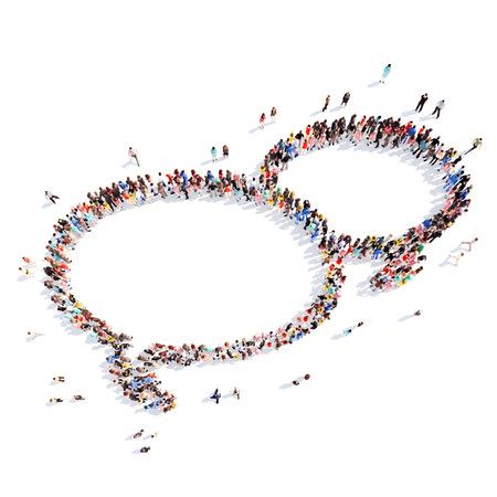 Grote groep mensen in de vorm van een chat-zeepbel. witte achtergrond