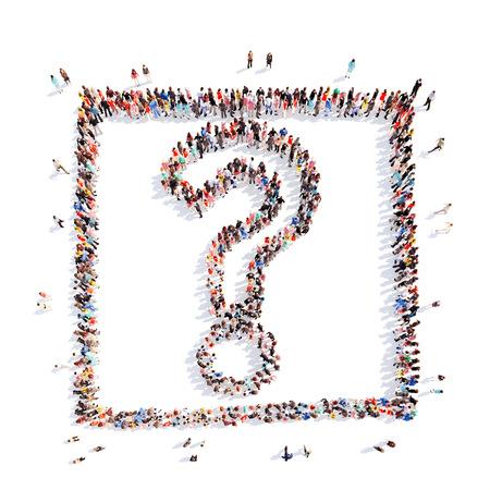 gente pensando: Un gran grupo de personas en la forma de un signo de interrogación. Aislados. Fondo blanco.