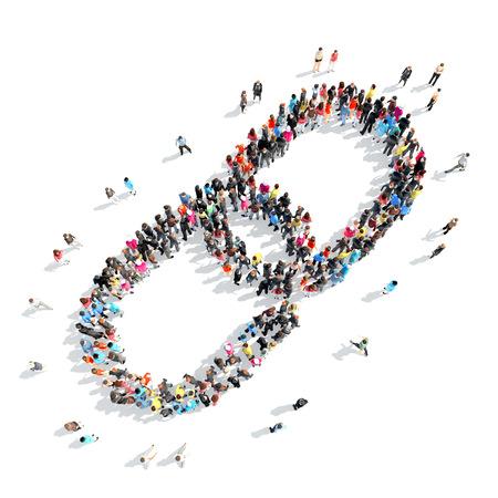 manos unidas: Un gran grupo de personas en la forma de una cadena.