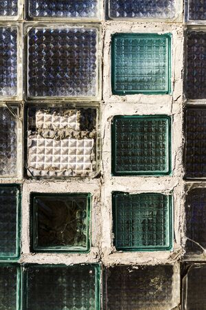 Old glass block wall texture, frosted glass brick wall background 版權商用圖片