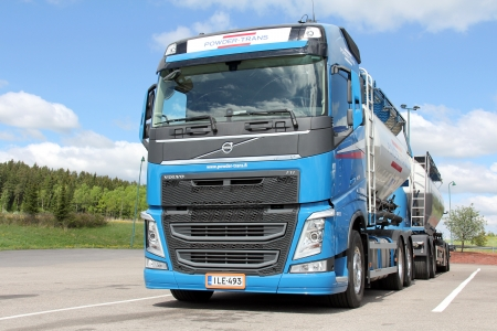 SALO, FINLAND - MAY 26, 13: Volvo FH 450 Bulk transport truckin Salo, Finland on May 26, 13. According to Volvo Trucks on 16 May, Volvo Trucks has renewed its entire European truck range in 8 months.