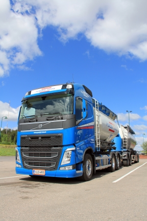 SALO, FINLAND - MAY 26, 13: Volvo FH 450 Bulk transport truckin Salo, Finland on May 26, 13. According to Volvo Trucks on 16 May, Volvo Trucks has renewed its entire European truck range in 8 months.