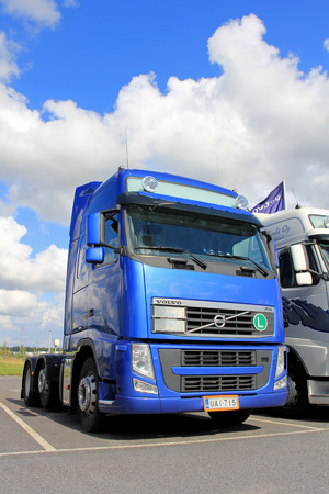mk: LIETO, FINLAND - AUGUST 31, 2013:  Blue Volvo FH 480 truck parked. The tractor unit belongs to the upgraded second version of Volvo FH and FH16 Mk. II, manufactured between 2008 and 2012.