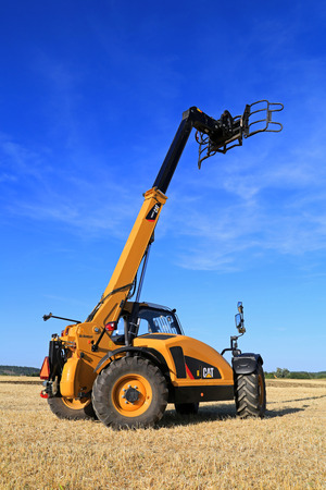 salo: SALO, FINLAND - AUGUST 21, 2015: Cat TH407C Telescopic handler on display at setting up of Puontin Peltopaivat Agricultural Harvesting and Cultivating Show. Editorial