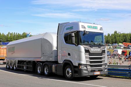 heavy: HAMEENLINNA, FINLAND - JULY 15, 2017: Next Generation Scania R450 semi trailer for Float Glass Transport of OKLine Logistics on Tawastia Truck Weekend 2017. Editorial