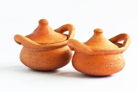 olla barro: Recipiente de barro para cocinar arroz