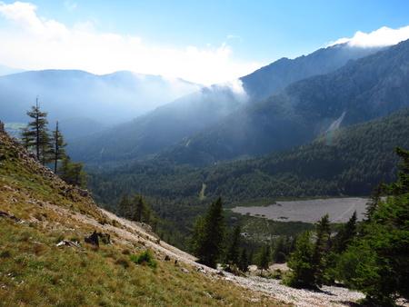 h�tte schnee: Berge - Blick vom Schneeberg zu blau Halterungen Australischen Alpen Lizenzfreie Bilder