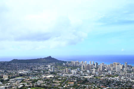diamond head: Honolulu skyline with Diamond Head