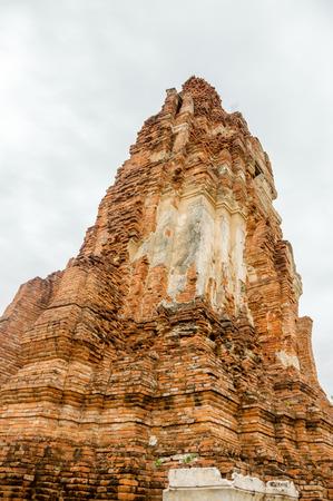 past civilization: Buddhist ruins of Thailand