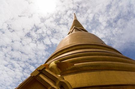laotian: Thai temple, Stupa