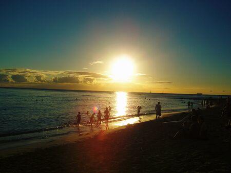 waikiki beach: Waikiki Beach of evening glow