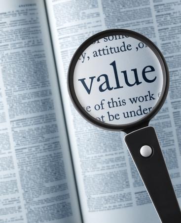 """valor: ValueMagnifying vidrio en el """"valor"""" en el diccionario"""