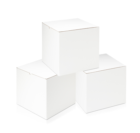 karton: White blank box on white background Zdjęcie Seryjne