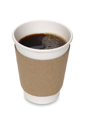 Tazza di caffè di carta isolata con il percorso di residuo della potatura meccanica Archivio Fotografico - 46618257