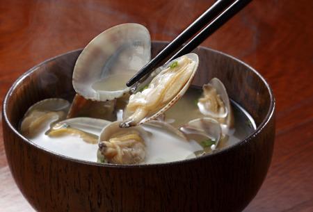 """""""된장국""""전통적인 일본 요리 asarijiru"""