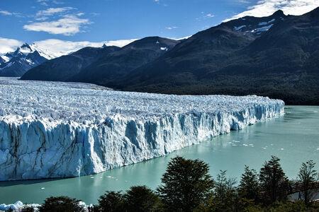 perito: Perito Moreno Glacier in Argentine