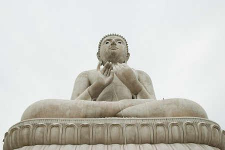 ratchaburi: Under construction of Buddha at Ratchaburi