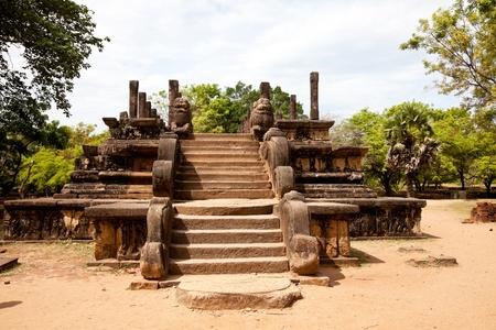dagoba: kings council chamber, polonnaruwa, sri lanka