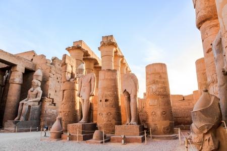 louxor: statue de pharaon dans le temple de Louxor, Louxor, �gypte Banque d'images