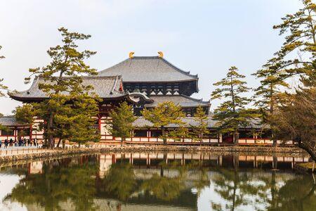 todaiji: Todaiji temple in nara, japan