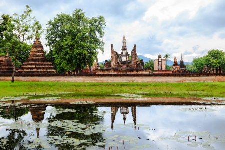 Wat mahathat in the national historical park, sukhothai, thailand photo