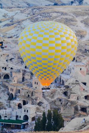 inflation basket: Vuelo en globo de aire caliente sobre Goreme en Capadocia, Turqu�a