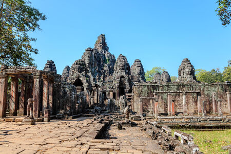 thom: Angkor thom in siem reap province, cambodia