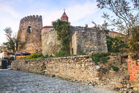 védekező: Defensive wall and towers in Sighnaghi, Georgia