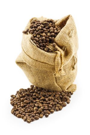 sac: Roasted coffee beans in ramie sac on white background Stock Photo