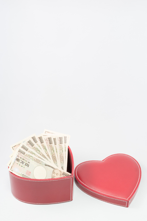 showoff: Love and money