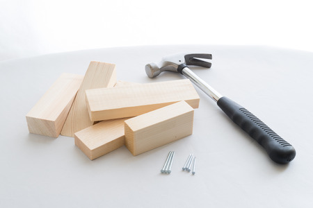 doityourself: Do-it-yourself carpentering