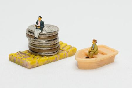 Image of disparity between rich and poor