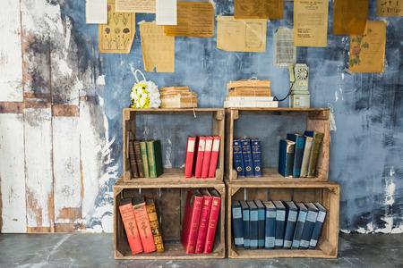bookself on a wall in a bookcafe Zdjęcie Seryjne