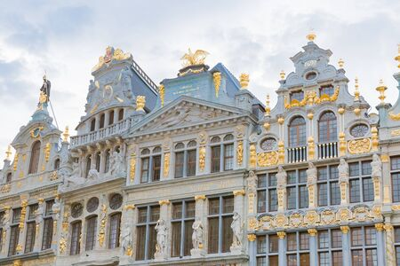 Houses of the Grand Place Redakční
