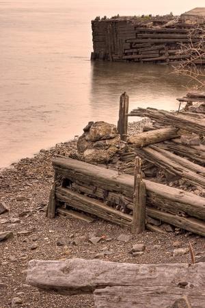 construction navale: Les restes de la Davie Shipbuilding ancienne fond�e en 1825 � Lauzon, Qu�bec