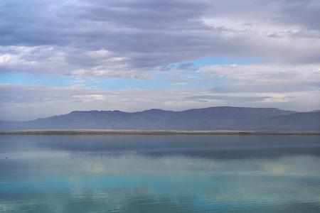 Dead sea seascape in cloudy weather Imagens