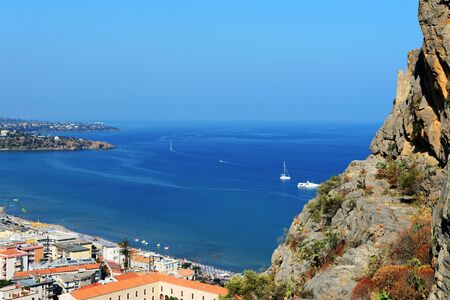 Beautiful view of Cefalu town from the Rocca di Cefalu in the early morning. Sicily, Italy Standard-Bild - 130518483